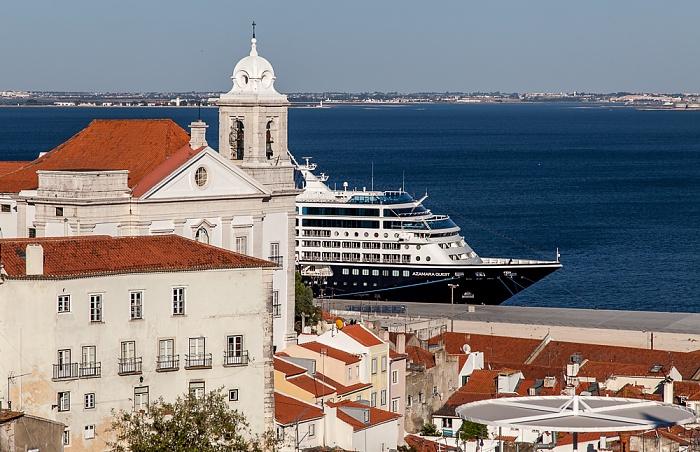 Lissabon Alfama: Igreja de Santo Estêvã und Tejo