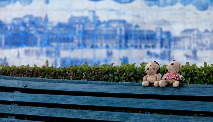 Lissabon Miradouro de Santa Luzia: Teddy und Teddine
