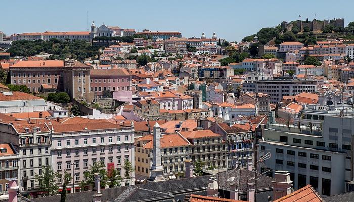 Blick vom Miradouro de São Pedro de Alcântara: Baixa Lissabon
