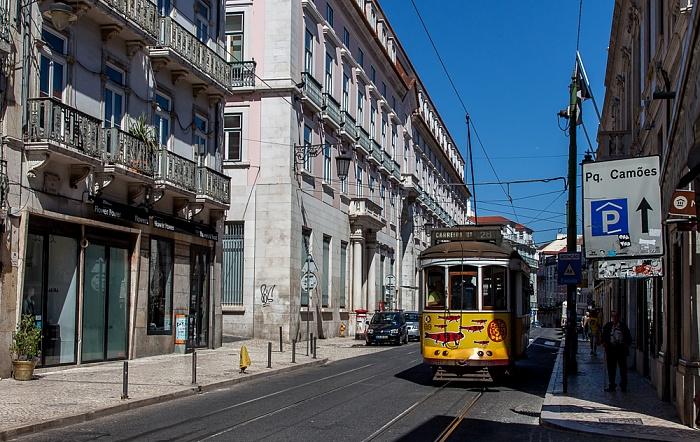 Bairro Alto: Calçada do Combro - Eléctrico 28 Lissabon