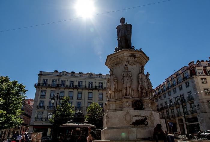 Bairro Alto: Praça Luís de Camões - Luís de Camões-Denkmal Lissabon