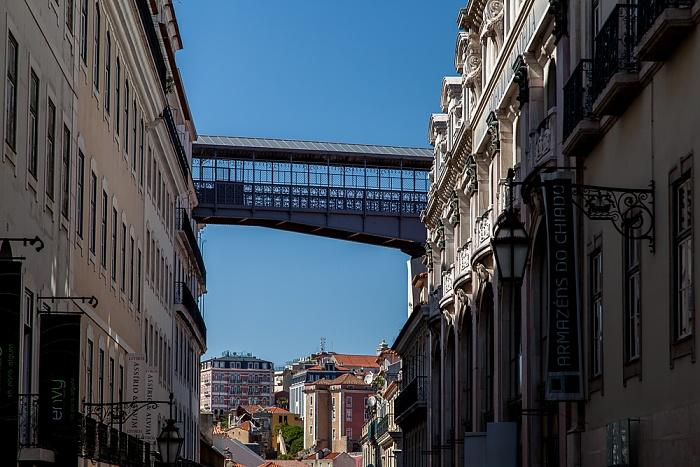 Bairro Alto: Rua do Carmo Lissabon