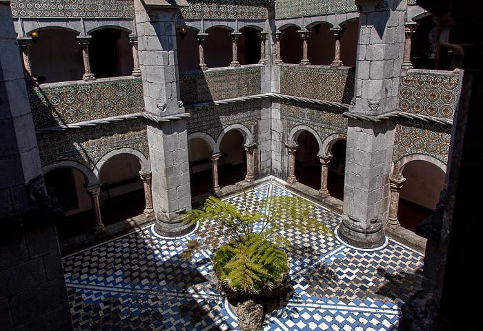 Sintra Palácio Nacional da Pena: Kreuzgang des ursprünglichen Klosters