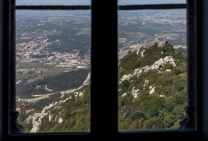 Sintra Blick aus dem Palácio Nacional da Pena: Castelo dos Mouros