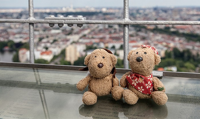 Berlin Funkturm: Teddy und Teddine