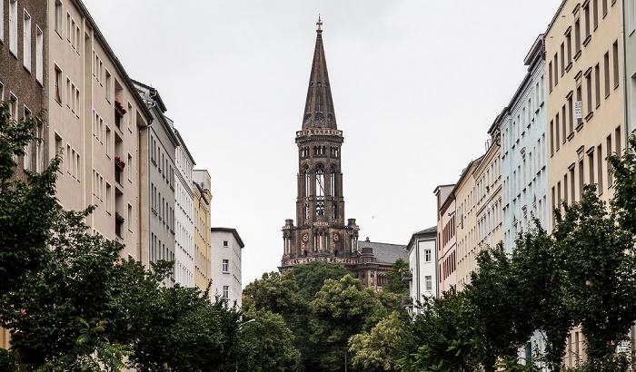Berlin Prenzlauer Berg: Zionskirchstraße und Zionskirche