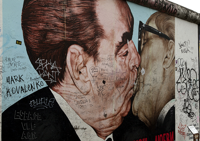 Friedrichshain: East Side Gallery (Berliner Mauer) Berlin 2013