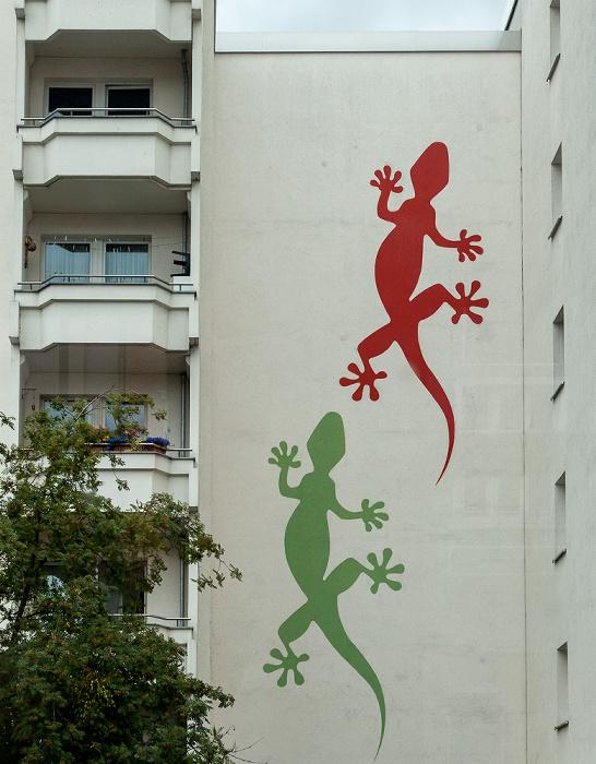 Friedrichshain: Petersburger Straße - Geckos auf der Hauswand Berlin