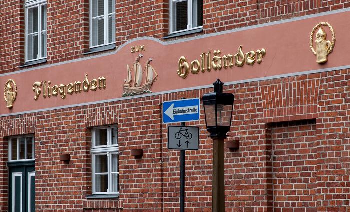 Potsdam Holländisches Viertel: Mittelstraße - Zum fliegenden Holländer