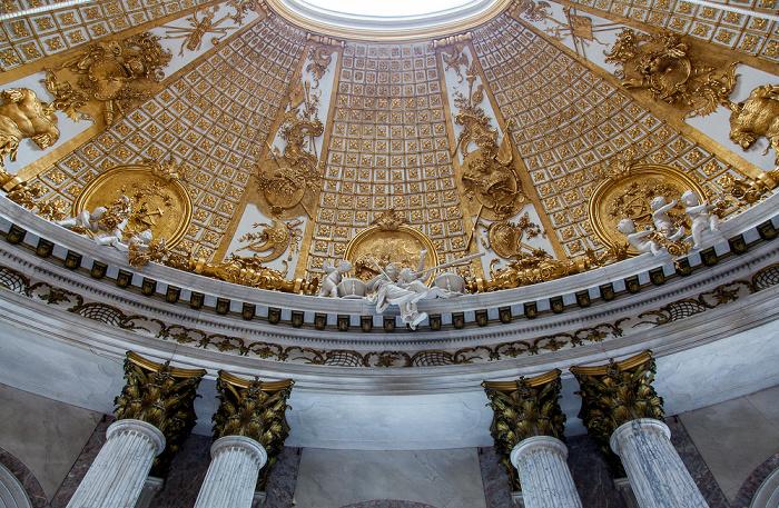 Potsdam Schloss Sanssouci: Marmorsaal Schloß Sanssouci