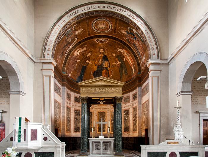 Potsdam Park Sanssouci: Friedenskirche - Altar und Apsis