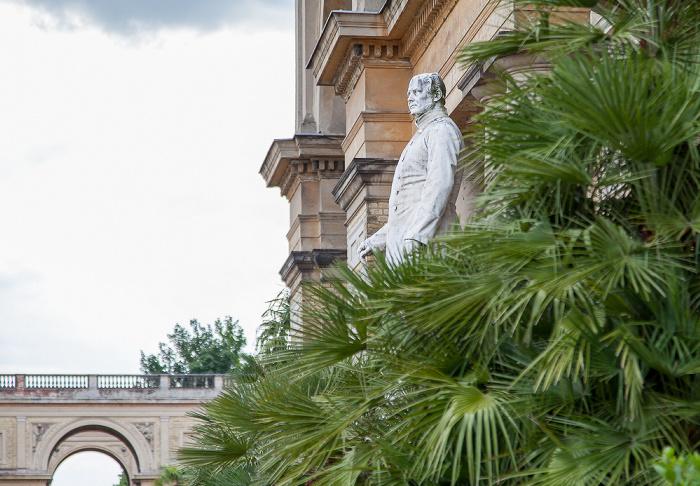 Potsdam Park Sanssouci: Orangerieschloss (Neue Orangerie) - Denkmal Friedrich Wilhelms IV.