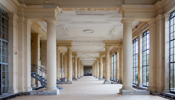 Potsdam Park Sanssouci: Orangerieschloss (Neue Orangerie) - Östliche Pflanzenhalle