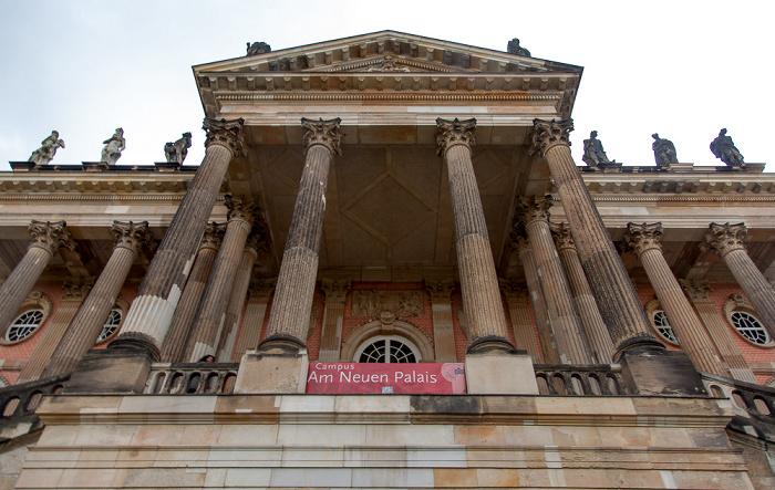 Potsdam Park Sanssouci: Communs (Wirtschaftsgebäude)
