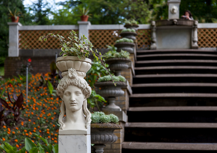 Park Sanssouci: Paradiesgarten (Botanischer Garten Potsdam) - Wasserkaskade