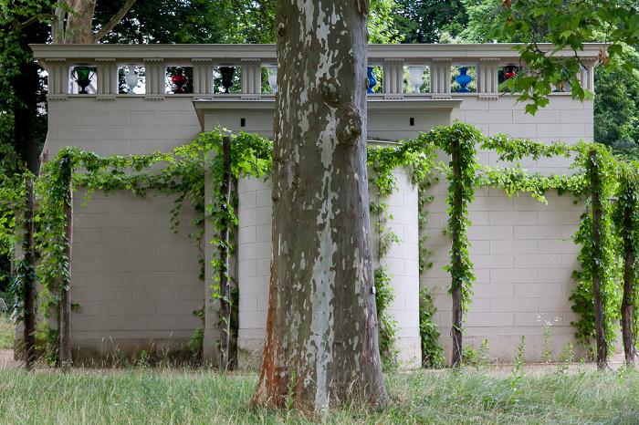 Park Sanssouci: Paradiesgarten (Botanischer Garten Potsdam) - Gartenpavillon (Atrium, Stibadium)
