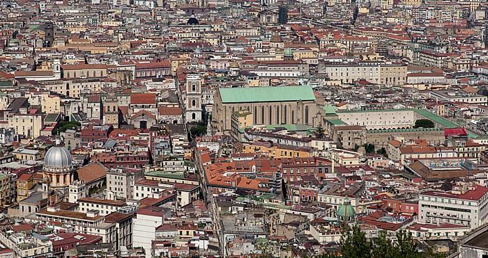 Blick vom Castel Sant' Elmo: Centro Storico - Basilica di Santa Chiara Neapel