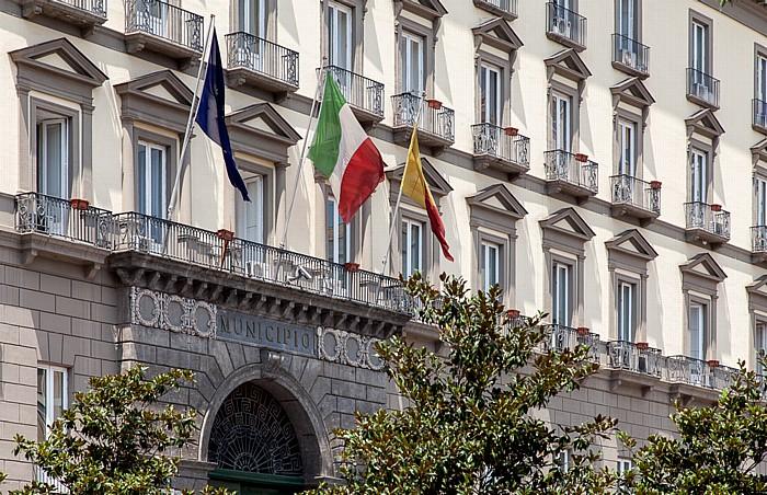 Centro Storico: Piazza del Municipio - Palazzo San Giacomo (Municipio) Neapel