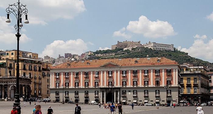 Centro Storico: Piazza del Plebiscito, Palazzo della Prefettura Neapel