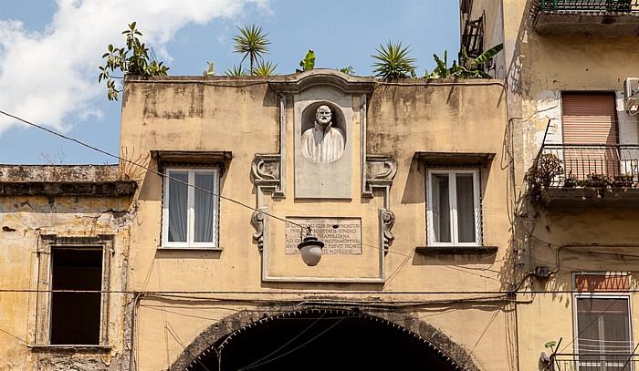 Centro Storico: Porta Nolana Neapel