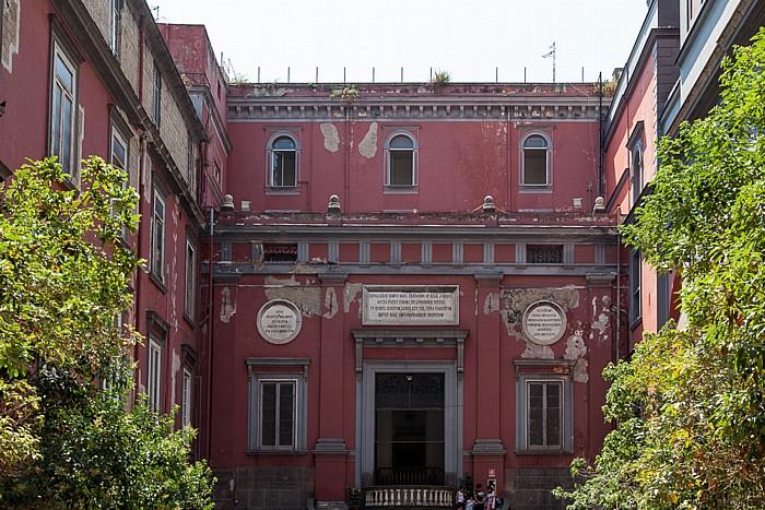 Centro Storico: Ospedale Santissima Annunziata Maggiore Neapel