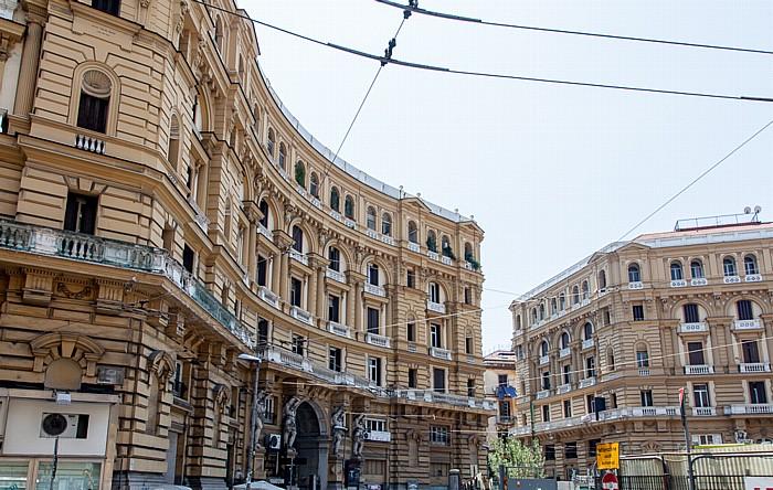 Centro Storico: Piazza Nicola Amore (Piazza Quattro Palazzi) Neapel