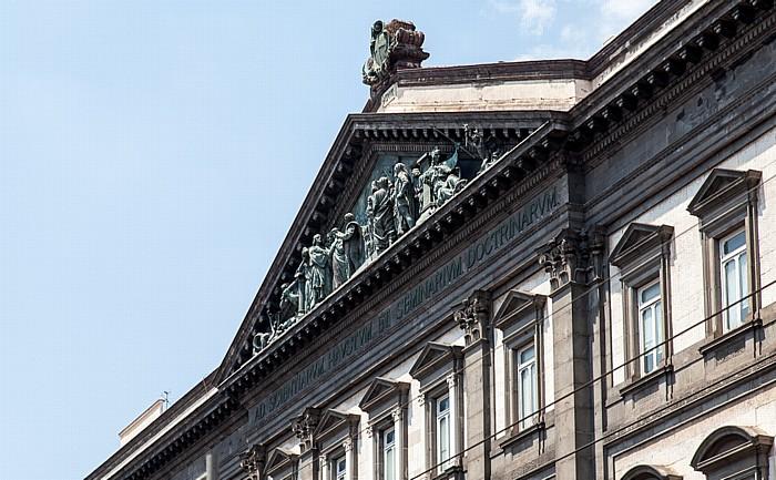 Centro Storico: Corso Umberto I - Palazzo dell' Università degli Studi Federico II Neapel
