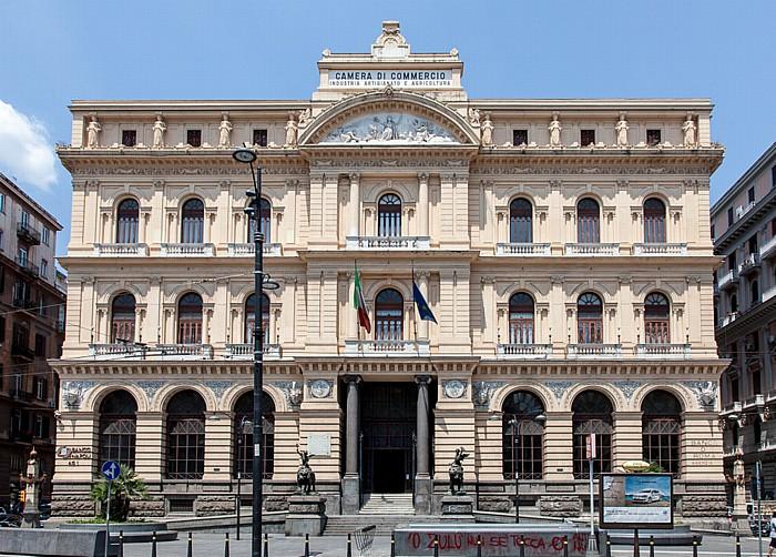Centro Storico: Piazza Giovanni Bovio - Palazzo della Borsa Neapel