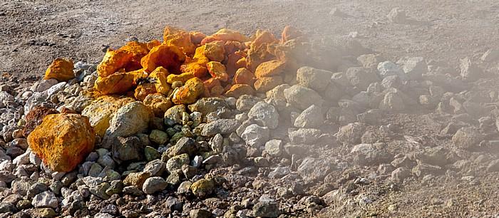 Pozzuoli Phlegräische Felder (Campi Flegrei): Solfatara (Cratere Solfatara) - Schwefelfumarole