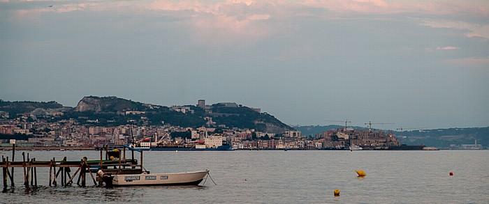 Pozzuoli Golf von Neapel Rione Terra Solfatara
