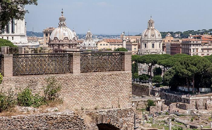 Blick vom Palatin: Forum Romanum Chiesa di Santa Maria di Loreto Santi Luca e Martina Santissimo Nome di Maria al Foro Traiano