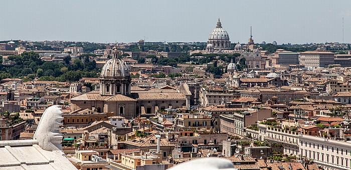 Blick vom Monumento Vittorio Emanuele II - Altstadt und Vatikan Rom