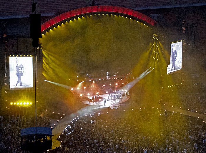 Stadio San Siro (Giuseppe-Meazza-Stadion): Robbie Williams Mailand Let Me Entertain You