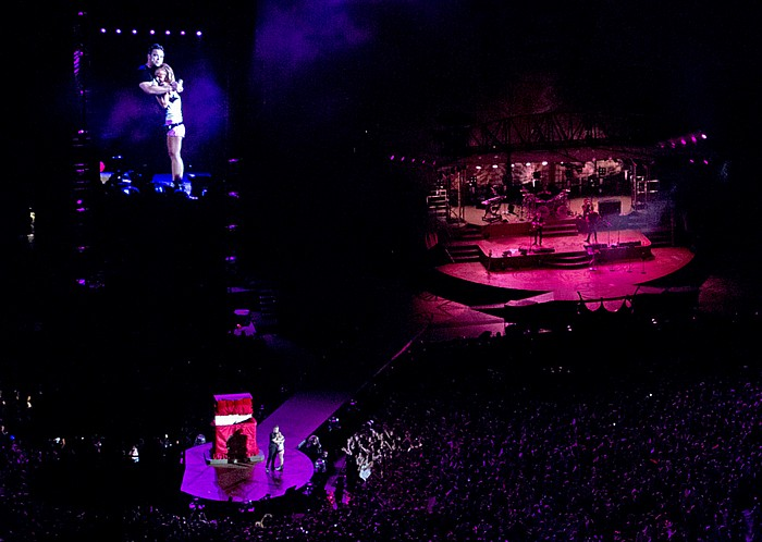 Stadio San Siro (Giuseppe-Meazza-Stadion): Robbie Williams Mailand Strong