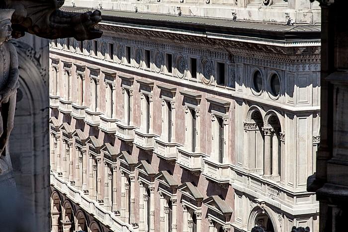 Mailand Blick vom Mailänder Dom (Duomo di Santa Maria Nascente): Palazzo dei Portici Settentrionali