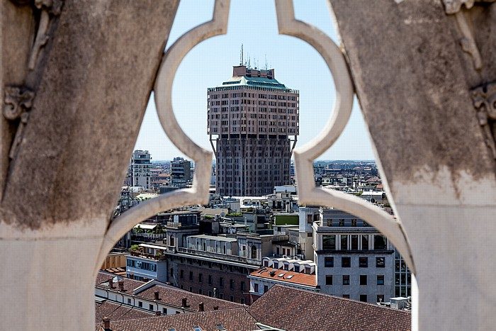 Mailand Blick vom Mailänder Dom (Duomo di Santa Maria Nascente): Torre Velasca