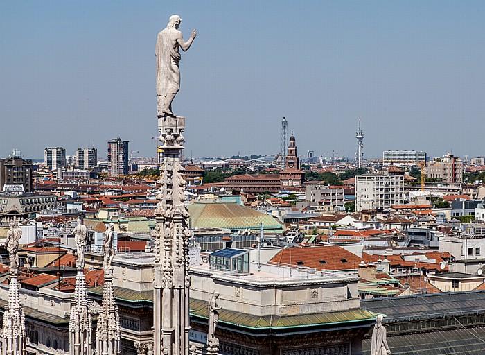 Mailand Blick vom Mailänder Dom (Duomo di Santa Maria Nascente) Castello Sforzesco