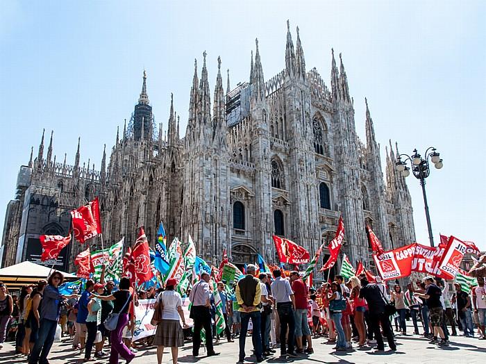 Mailand Piazza del Duomo: Mailänder Dom (Duomo di Santa Maria Nascente)
