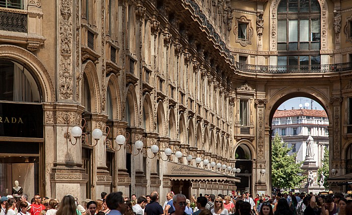 Mailand Galleria Vittorio Emanuele II Denkmal für Leonardo da Vinci Piazza della Scala