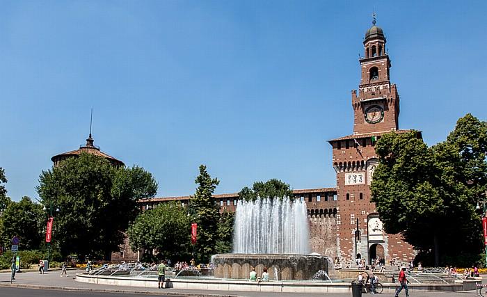 Mailand Piazza Castello, Castello Sforzesco