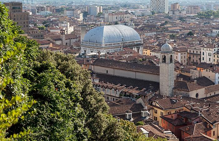 Blick vom Castello di Brescia: Centro Storico mit dem Palazzo della Loggia und der Chiesa di San Giuseppe