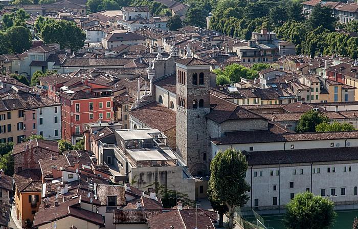 Blick vom Castello di Brescia: Centro Storico mit der Chiesa dei Santi Faustino e Giovita