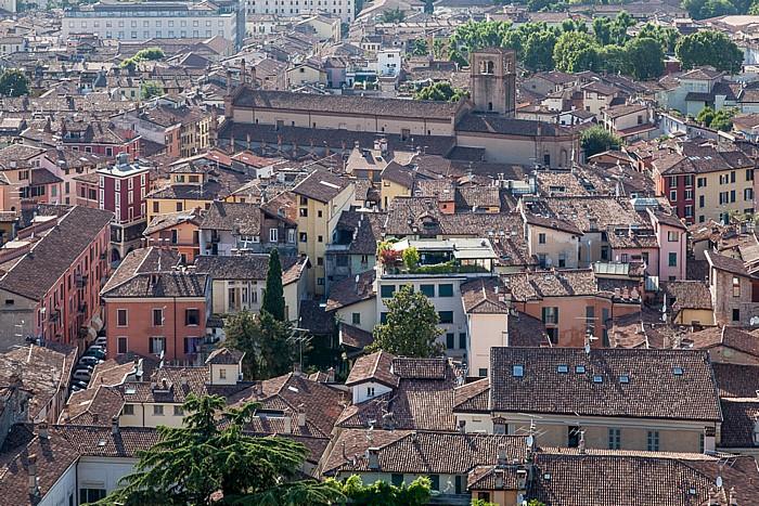 Blick vom Castello di Brescia: Centro Storico mit der Chiesa di Santa Maria del Carmine