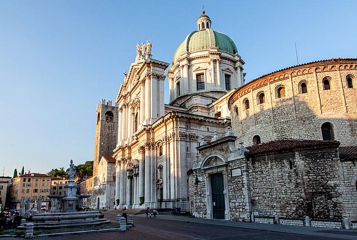 Brescia Centro Storico (Quartiere Antica): Piazza del Duomo (Piazza Paolo VI), Duomo nuovo (Cattedrale di Santa Maria Assunta) Duomo vecchio