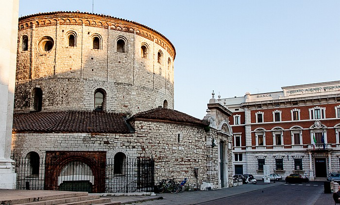 Brescia Centro Storico (Quartiere Antica): Duomo vecchio (Concattedrale invernale di Santa Maria Assunta) Piazza del Duomo