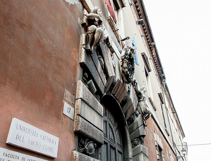 Brescia Centro Storico (Quartiere Antica): Via Trieste - Università Cattolica del Sacro Cuore