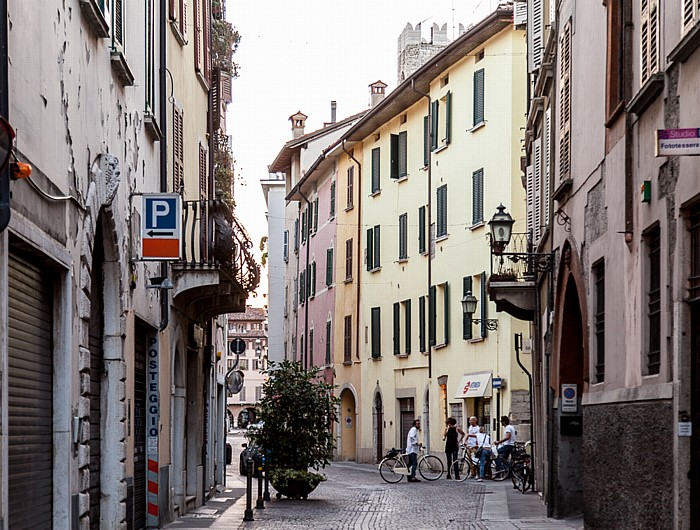 Brescia Centro Storico (Quartiere Antica): Via Carlo Cattaneo