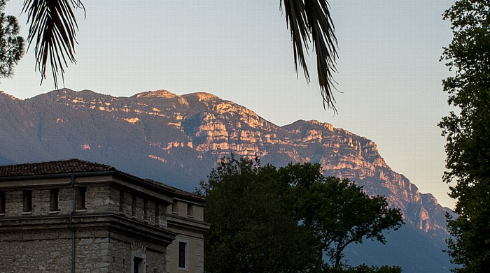 Riva del Garda Monte Baldo in der Abendsonne