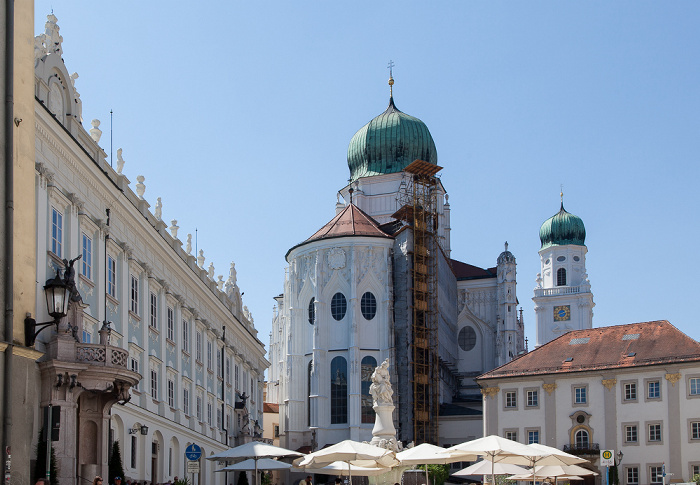 Passau Altstadt: Residenzplatz, Dom St. Stephan Neue Residenz