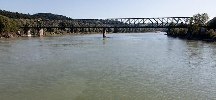 Passau Donau: Kräutlsteinbrücke (stillgelegte Eisenbahnbrücke)